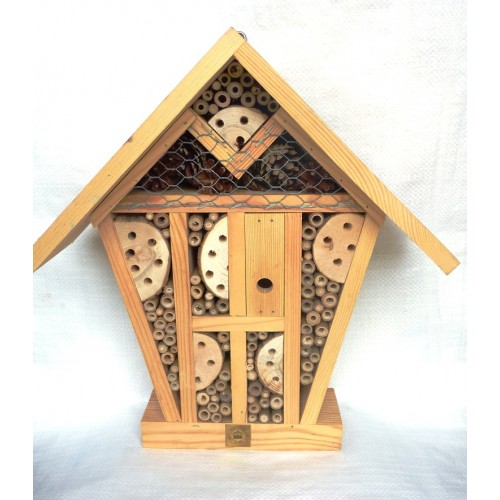 Luxury Insect Hotel - Royal Botanic Gardens Kew